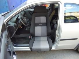 Otočná sedačka řidiče